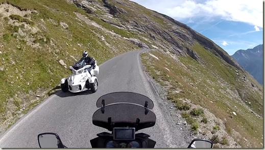 motociclisti e moto di ogni genere lassu
